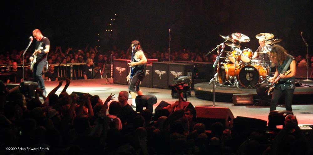 metallica nashville on stage